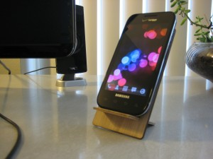 Cell stand with phone